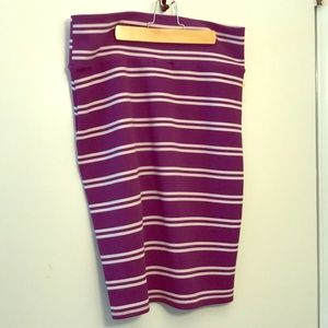 Lularoe Cassie skirt  large purple/white stripe
